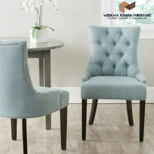 Kursi Makan Wing Chair